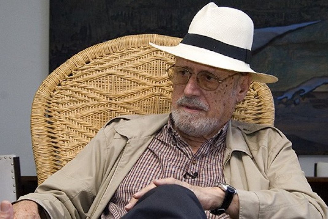 Fallece a los 89 años el poeta cubano Roberto Fernández Retamar